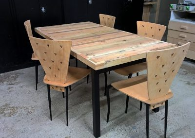 Intia tafel gerecycled hout
