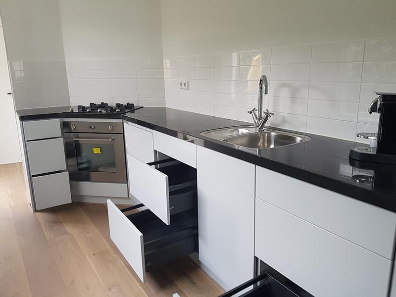 Kleine keuken intia interieurbouw en meubelmakerij